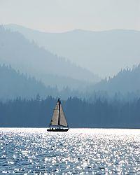 Lake_Tahoe_Sailboat.JPG