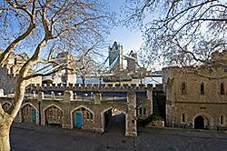 London_bridge1.jpg