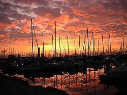 DSCN0148_shoreline_pink_sunrise_copy.jpg
