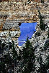 Grand_Canyon_Angel_Window.jpg