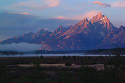 Grand_Teton_Sunrise.jpg