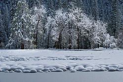 Snow_Lumps_2.jpg