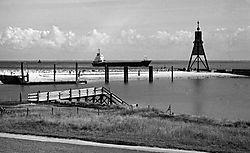Neopan1600_E_1997_Cuxhaven_Kugelbakenhafen_web.jpg