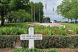 Military_Memorial_1.jpg