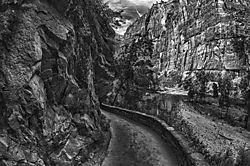 Path_bw.jpg