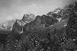 Yosemite_Valley_BW_SEFPro2.jpg