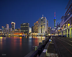 Auckland_Harbor_HDR_Nikonians.jpg