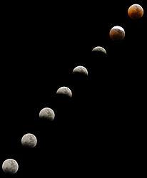 Lunar_Eclipse_15june2011small.JPG