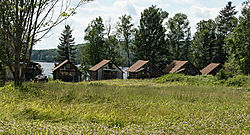 DSC_2279_Cabins_from_the_Trail.jpg