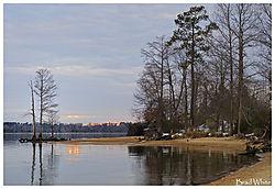 Colonial_Parkway_V.jpg
