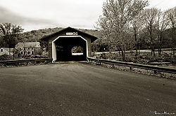MAL9997_henry_bridge_bw_sm.jpg