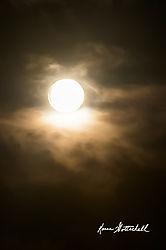 Moon-No-Shadow_TUL1140.jpg