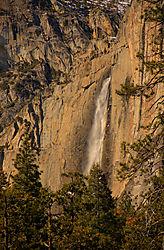 Upper_Yosemite_Falls_Nikonians.jpg