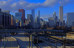On_Track_In_Chicago_Nionians.jpg