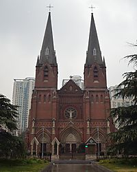 Shanghai_St_Ignatius_Cathedral_jpg_small_Copy_-_Cropped_8x10_DSC_0020.JPG