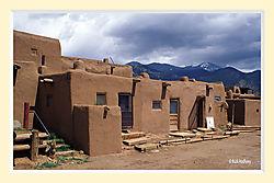 Taos_Pueblo1aS2M.jpg