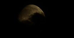 moonshot_2_by_vinumsv-d51ypps.jpg