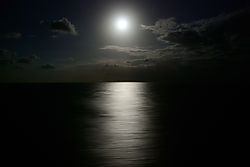 2008-12-12_Last_Night_Grand_Princess_Transatlantic_By_Moonlight_From_Balcony.jpg