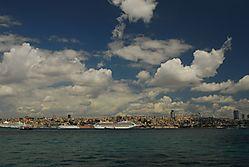 Istanbul_Bulutlar_305_m_305_n_Alt_305_nda.JPG
