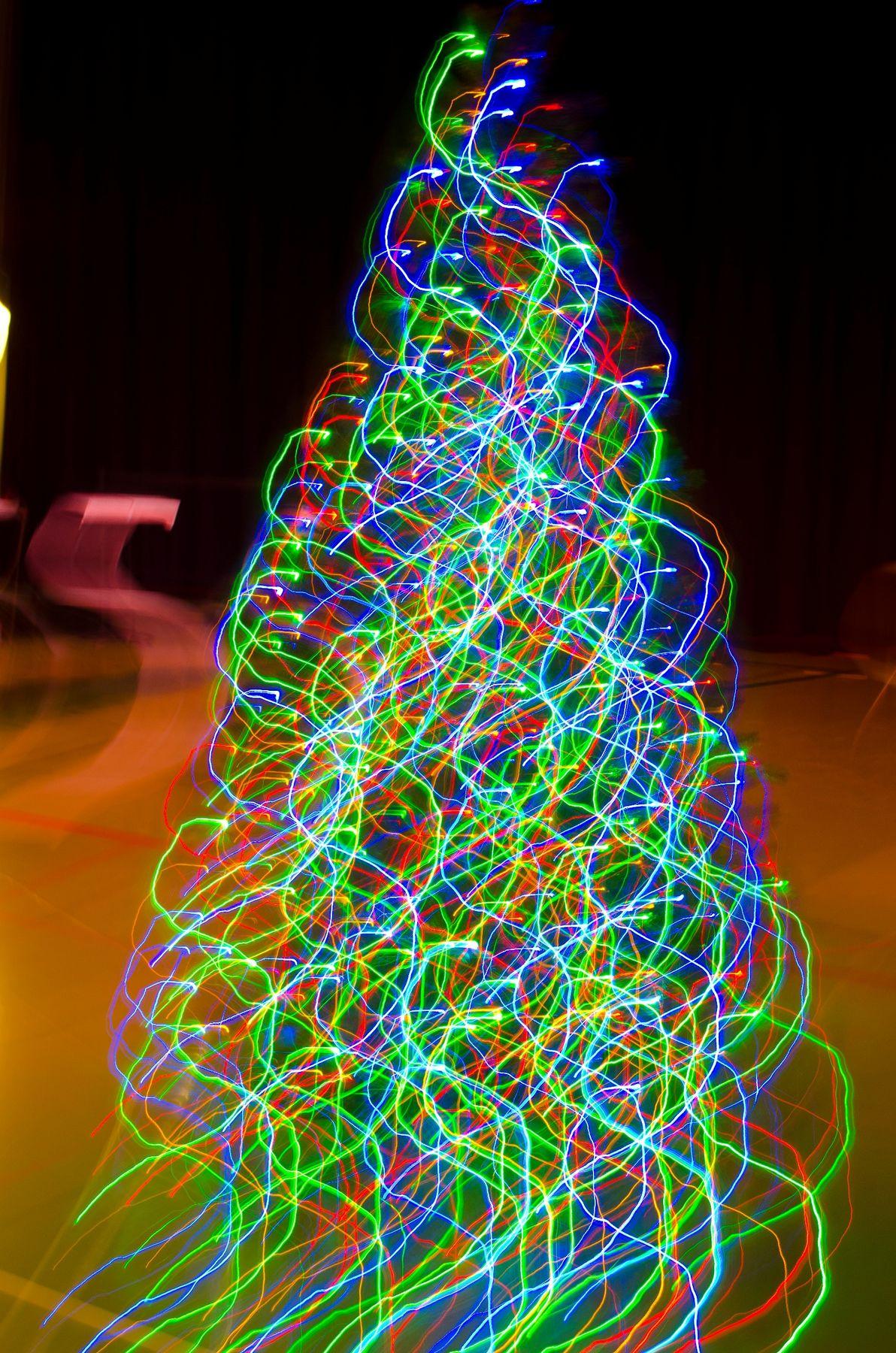 2012_12_06_Chior_Festival_0189_lightingeffectstree-1_small
