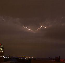 lightning04.jpg