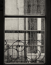 Lisbon_Trem_Azul_Window_with_Rain_2009_SEP2_11x14x360.jpg