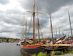 18_old_ships1.JPG