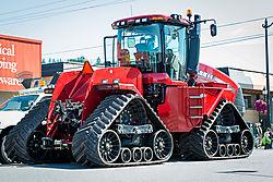 big_tractor.jpg