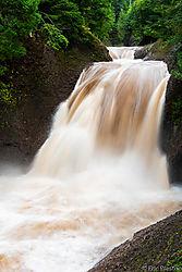 Gorge_Falls-13.jpg
