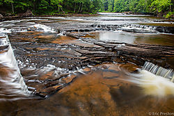 Presque_Isle_River-1.jpg