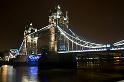 London_2013_Tower_Bridge1.jpg