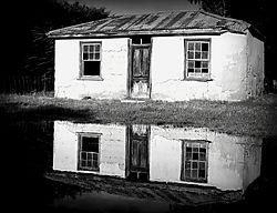 Cob_cottage.jpg