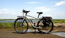 DSC_9088_Bike_by_Boat_Launch.jpg