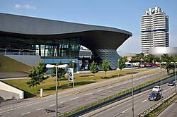 BMW_Welt_100.jpg