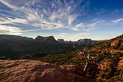 Twin_Buttes_Courthouse_Rock_Bell_Rock_Baby_Bell_from_Airport_Mesa_Vortex_dome_JD83255sgnd_resize.jpg