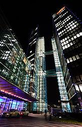 2013-11-26_Highlight_Towers_Nachtaufnahmen_0010.jpg