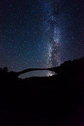 landscape-arch-milky-way-.jpg