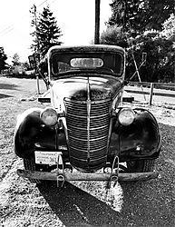 1938_Burgermeister_Flat-bed_B_W.jpg