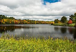 Along_the_Wisconsin_River_1.jpg