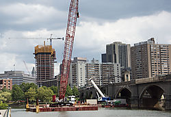 DSC_0533_-_Construction_on_the_Charles.jpg