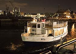 DSC_2416_copy_Boat_in_Harbor.jpg