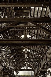 Inside_YMF_Nr1_BW.jpg