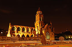 Ruins_of_old_Saint_Etienne_Caen_France.JPG
