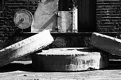 Mill_Stones1.jpg