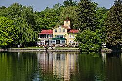 4_Starnberger_See_-_Midgard_Haus_bei_Tutzing.jpg