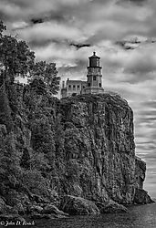 Split_Rock_Lighthouse_Minnesota_7.jpg
