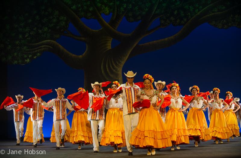 20150722_BalletFolkloricodeMexicodeAmaliaHernandez_Coliseum_pJHO_2729