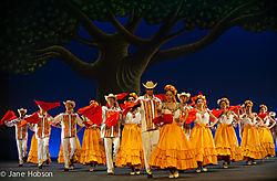20150722_BalletFolkloricodeMexicodeAmaliaHernandez_Coliseum_pJHO_2729.jpg