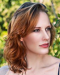 Carly_DHR6512_pp4.jpg