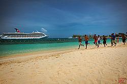VNM4581_beach_running_nik.jpg